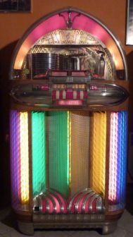 WURLITZER 1100 - 1948 - Jukebox Center - Meinier - Genève