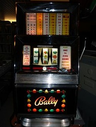 Bally - One arm bandit - Jukebox Center - Genève