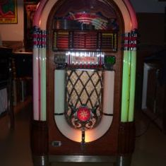 WURLITZER 1015 - 1947 - Jukebox Center - Meinier - Genève